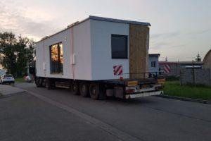 Přeprava modulárních dřevostaveb